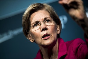 Elizabeth Warren Would 'Absolutely' Back Impeachment If Trump Really Obstructed Justice (HuffPost)